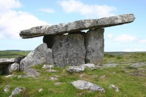 poulnabrone-dolmen-irl177